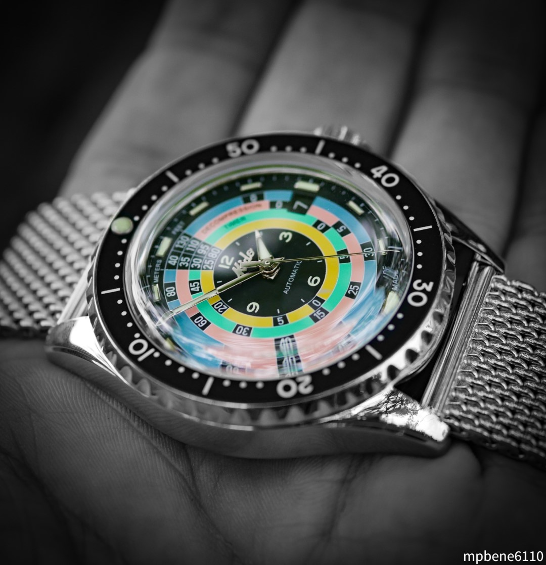 Mido Decompression Diver 1961: A journey to the colorful 60s